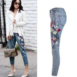 (34~44) Europe boyfriend high waist embroidery washed straight jeans nine points jeans