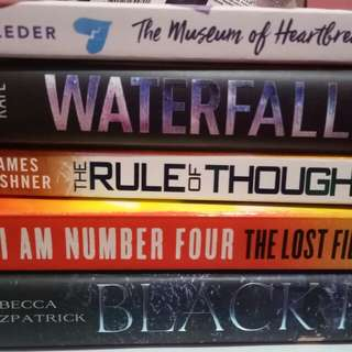 BNEW BOOKS (New York Times Bestselling)
