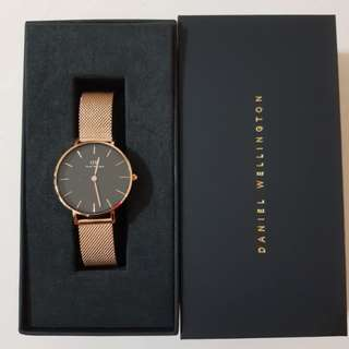 Daniel wellington melrose black (free rose for any purchase with delivery)