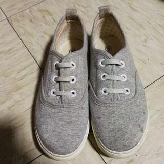 KID Slip on Grey color shoe /20cm