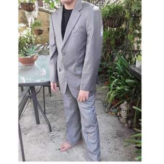 MENS BOYS SUIT GREY USED BUT AS NEW CONDITION