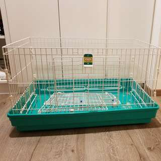 *SOLD*Small pets cage (guinea pigs/rabbits)