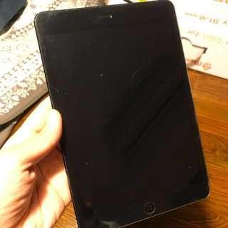 iPad mini 64gb cellular+wifi (操作正常,有mon貼,議價勿擾)