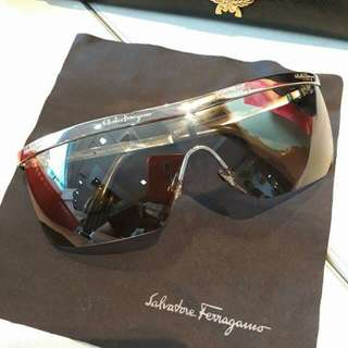Original Salvatore Ferragamo Gradient shield unisex Shades