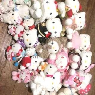 Hello Kitty Plushieee