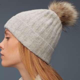 Aritzia Pom Pom Winter Hat