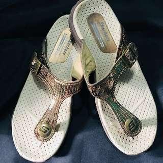 Skechers Sandals size 7