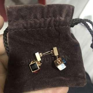 LV 耳環