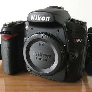 Nikon D90 Body with Digital Flash