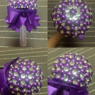 Bridal brooch pearls bouquet