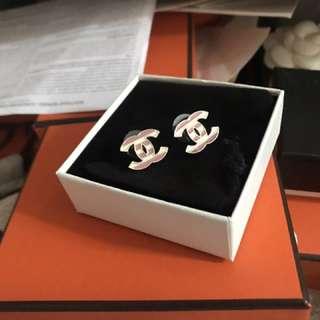 正品 全新 Chanel 粉紅色白色耳環