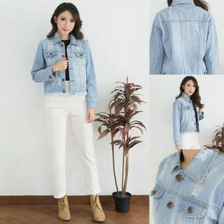 Geser pict VS JAKET KIMBERLY RIPPED MUDA  JAKET BAHAN JEANS WASHED TEBAL, APLIKASI SOBEK RIPPED, ALL SIZE FIT TO L. REAL PIC