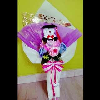 Graduation teddy bear bouquet