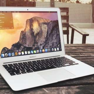 Macbook Air 13 Inch (2013)