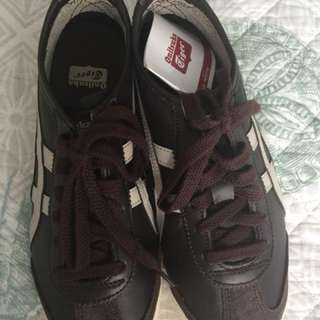 Repriced!  NEW ONITSUKA size US 4 EUR 36  22.5 CM