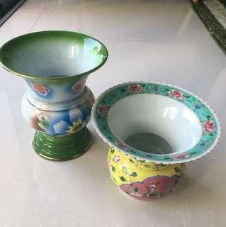 Peranakan spittoon / vase