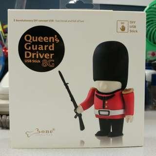 Queen's Guard Driver USB 8G 皇家衛兵隨身碟