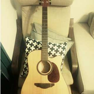 (second hand) Eadwen guitar     eighty five percent new      150 dollors