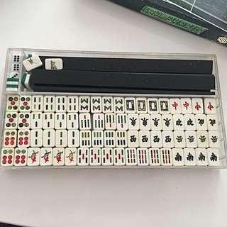Mini mahjong set