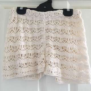 ALL ABOUT EVE crotchet shorts