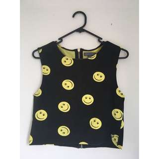 Kendall & Kylie Smiley Crop Halter Top