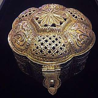 Ca. Early 1900's Old Peranakan Straits Chinese Malaya Very Large Opium-Tobacco Pure Silver Container.