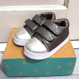 Sepatu anak / baby shoes / toddler shoes