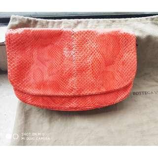 BV手袋, 100%蛇皮
