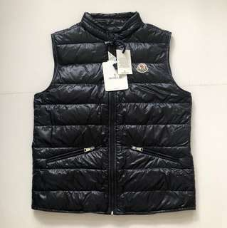 (Yr 12/14, fit for size S, M -   男女合著)Moncler down Vest