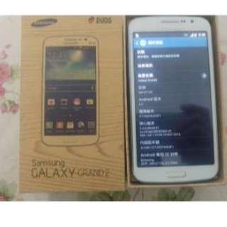 出售98%白色 行貨 samsung galaxy grand 2 g7102. 全套有盒齊配件。送玻璃貼。
