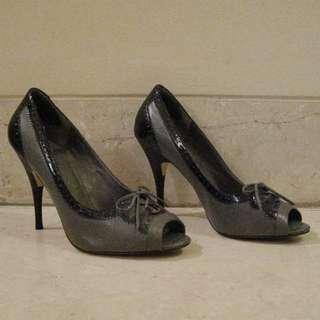 JLo Jennifer Lopez Open-toe Black/Grey Heels