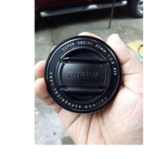 Black Fujifilm 27mm f2.8