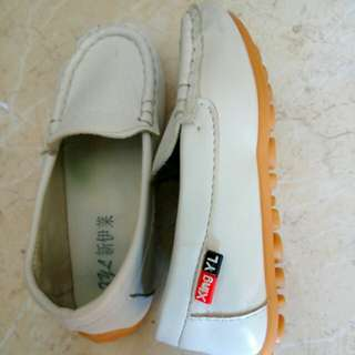 Unisex shoes+ size( 28)