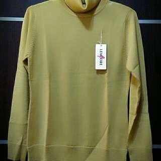 日本黃色高領上衣