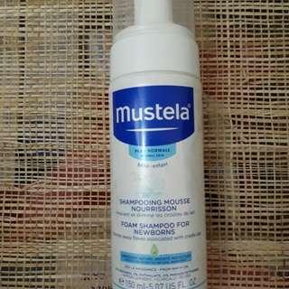 Mustela Foam shampoo for newborn cradle cap