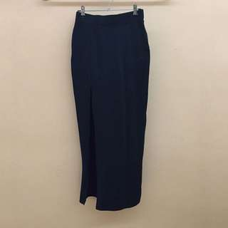 Black spandex maxi skirt with slit