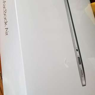 [全新] Macbook air 13-inch 128GB