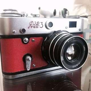 🚚 LOMO FED 3 古老蘇聯機 二戰後製造 原裝皮套 35mm 底片相機 稀有奧運紅 二手相機