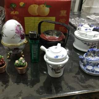 Miniature chinese teapot set