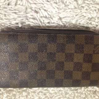 Louis Vuitton damier wallet purse braza