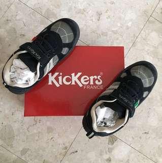BNIB Kickers Boy Shoe