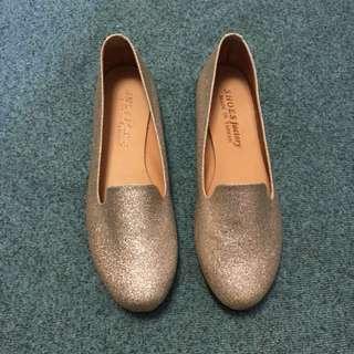 🚚 👠銀色平底休閒鞋 24.5