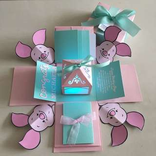 Piglet congrats Explosion box with lighthouse, 4 waterfall and pull tab in Tiffany and pink