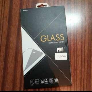 全新 LG Q6+ Q6 Plus 玻璃貼