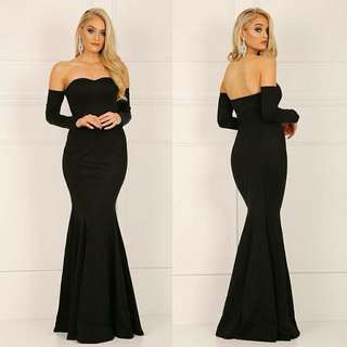 Elegant long gown perfect for prom