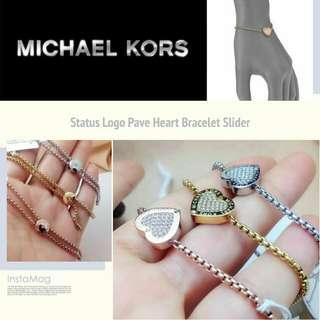 Michael Kors Status Logo Pave Heart Slider Bracelet 標誌滿鑽愛心滑動手鏈314白色情人節回禮首選
