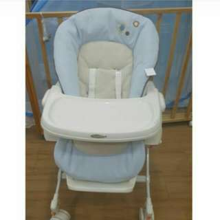 Preloved COMBI Parenting Station (Baby swing/Baby chair)