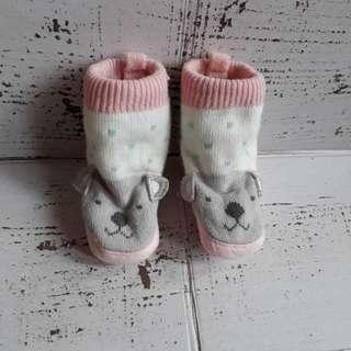 Kaos kaki boots