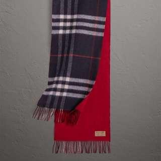 Burberry 雙面兩用格紋拼實色羊絨圍巾