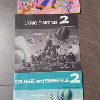 Music course books-JXC 2 c/w CD